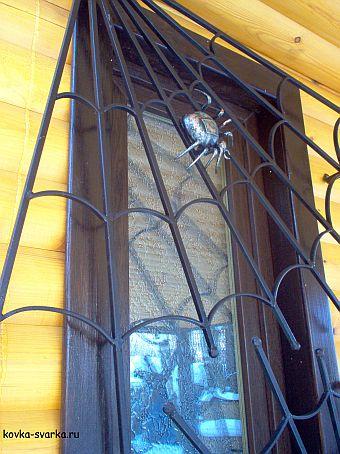 Изделие художественной ковки - кованая оконная решетка