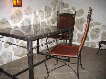 фото ковка стол