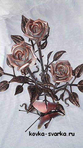 Окрашенные кованые розы от Игоря Нуридинова