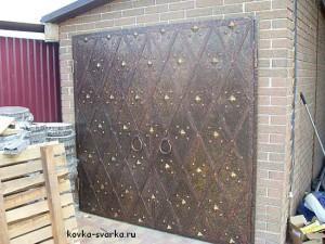 кованые ворота оригинального стиля