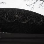 Фото кованого козырька для крыши