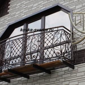 Фото кованых перил для балкона