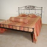 Кровать кованая «Чайное дерево»