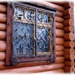 Распашные (открывающиеся) решетки кованые